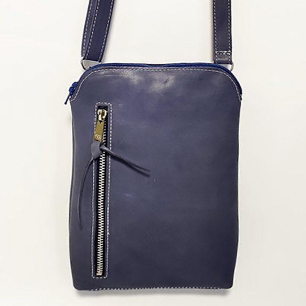 mini bolso de piel azul